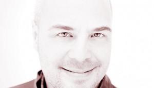 Yanik_Deschenes201202_LR