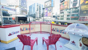 CNW ENRICHED NEWS RELEASES - Molson Canadian celebrates Face-Off