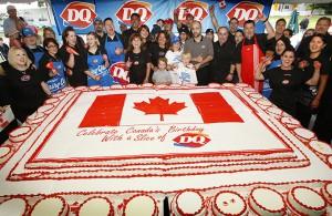 38) 2009 Giant DQ Cake