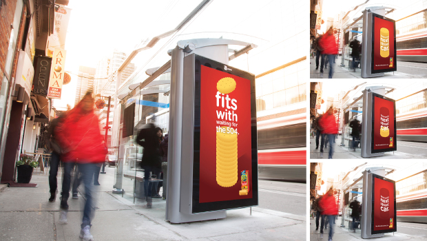 The latest Ritz Crackers transit campaign for Mondelez helped commuters out by counting down the minutes until their next bus or streetcar. Crackers made the perfect countdown clock.