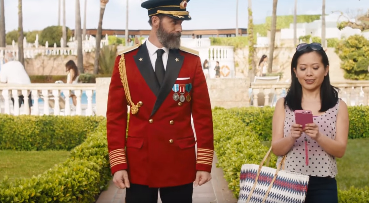 hotels com and captain obvious come north strategy