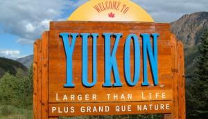 Yukon_border_sign