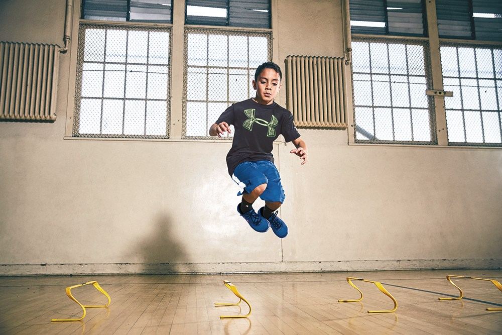 Opuesto reinado Tipo delantero  Under Armour and Sport Chek's quest for youth » strategy