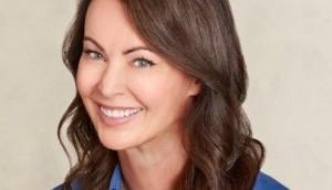 Angela Harvey Headshot