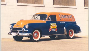 1950-_Sales_promotion_van_Chevy_Sedan_Delivery_-refurbished