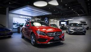 Mercedes-Benz Canada Inc--Mercedes-Benz Canada opens new retail