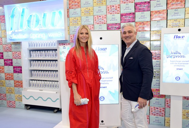 Gwyneth Paltrow Tries Out Flow Alkaline Spring Water's Latest Augmented Reality Grocery Experience at ExpoWest