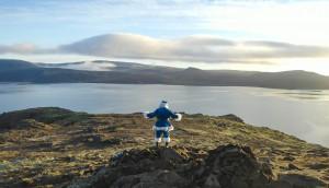 WestJet_IcelandBlueSanta (1)