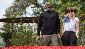 To solidify the connection between Nando's as a brand with roots in Southern Africa, Colony sent two of Nando's biggest fans, etalk's Liz Trinnear and rapper Kardinal Offishall, on an adventure their taste buds wouldn't forget. Nando's Canada hosted the two personalities overseas in Southern Africa to experience first-hand the rich brand history and the story of Nando's PERi-PERi.