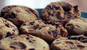 chocolate-chocolate-chip-cookies-close-up-1311790