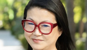 HELEN-PAK_SVP-YELLOW-SHOES_HEADSHOT-09_09_19-768x815