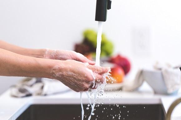 cooking-hands-handwashing-health-545013