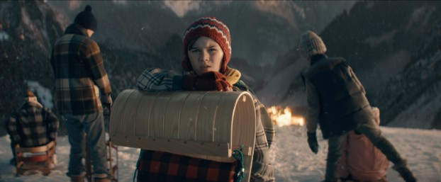 When Canadian Tire set out to create a dreamy winter wonderland for its winsome, heartwarming Christmas tale, there was only one problem: they were shooting in August. Alter Ego was tapped to bring the storybook world to life – and to add a lot of snow.