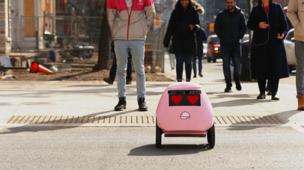 geoffrey-the-robot-768x614
