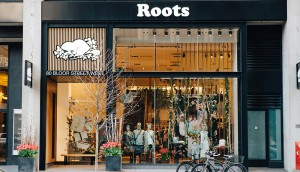 Roots_store_on_Bloor_St._in_Toronto