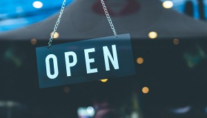 selective-focus-photography-of-open-signage-1036857
