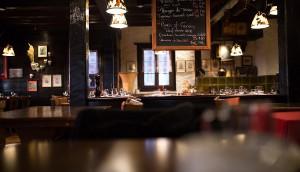 restaurant-dark-bar-architecture-34650