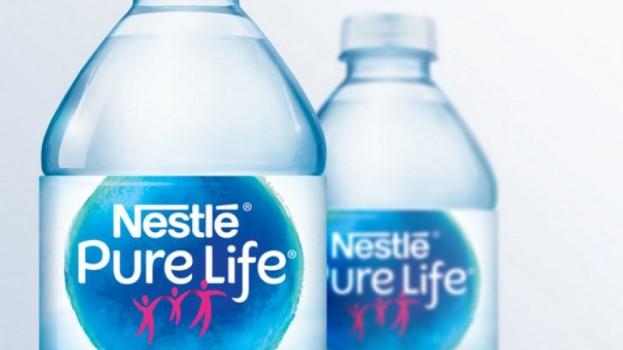 two-bottles-nestle-purelife_0