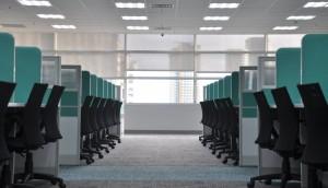 kate-sade-office-employees-cubicle