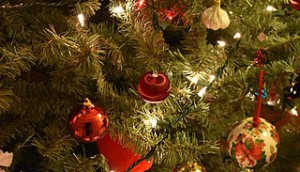 320px-Christmas_Tree_Closeup_5_2017-12-27