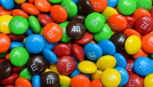candy-956555_640
