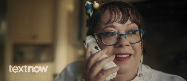 """In this US spot for TextNow, viewers learn they can improve their """"side hustle"""" businesses by getting a free second number and voicemail. ACE"""
