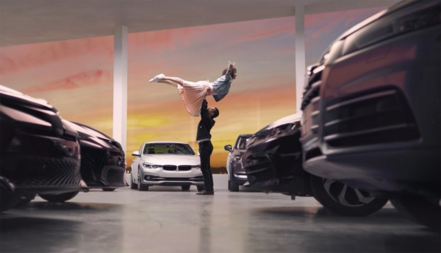 doug&partners created a 30-second spot for autoTRADER.ca demonstrating that you can feel confident you're getting the best price – so confident you just may feel like you can pull off an acrobatic move from a seminal '80s movie