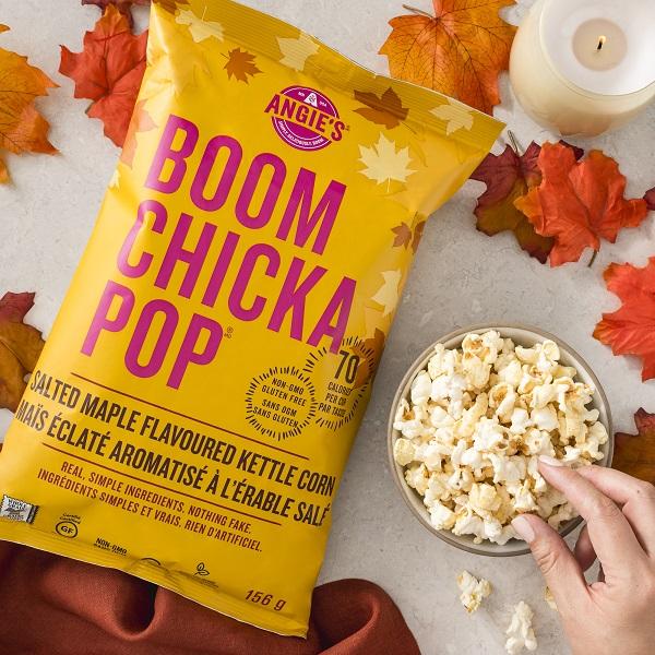 BOOMCHICKAPOP Popcorn Salted Maple-022-2000x2000[1]